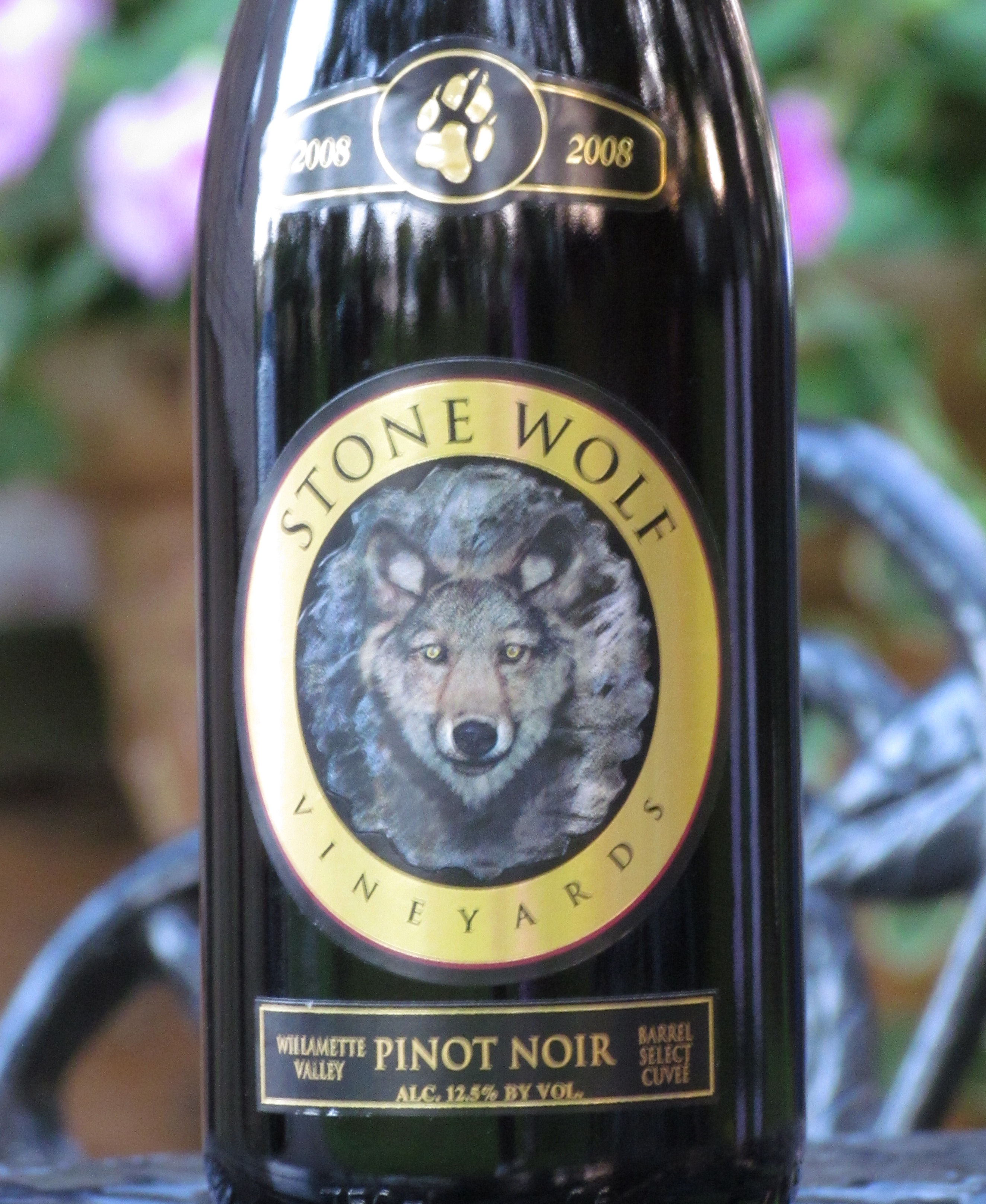 Stone Wolf Pinot Noir Wine Review